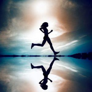 Frau macht Laufsport