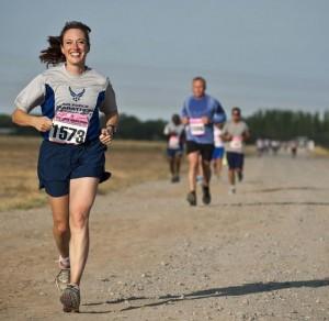 Frau mit guten Laufschuhen