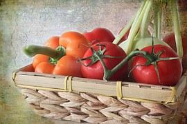 Feine Paprika mit Tomaten